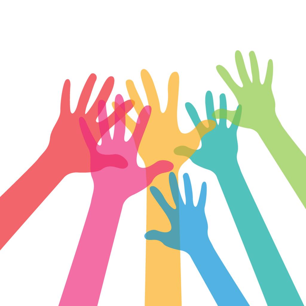 Sechs bunte Arme gemeinsam in der Luft, die Finger sind gestreckt, es wirkt freudig und energiegeladen